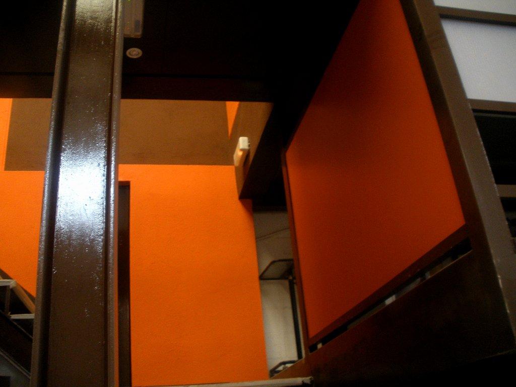 detalle pintura escalera